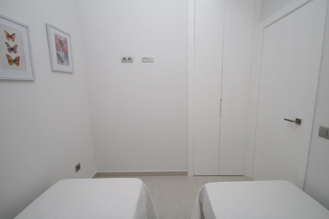 1 bedroom apartment For Sale in Torrevieja - photograph 12