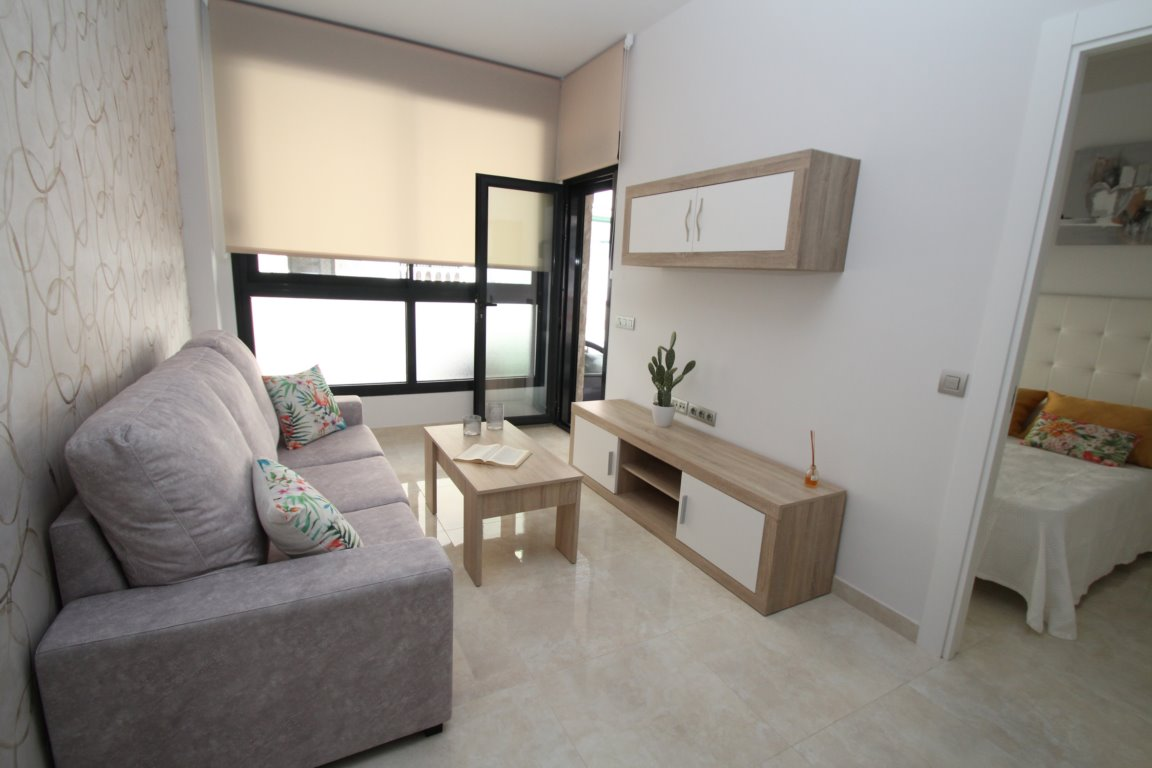 1 bedroom apartment For Sale in Torrevieja - photograph 17