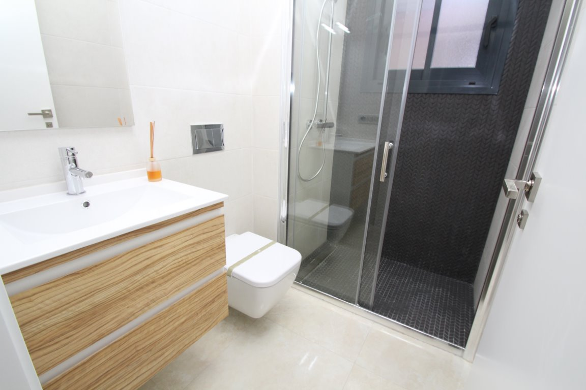 1 bedroom apartment For Sale in Torrevieja - photograph 23