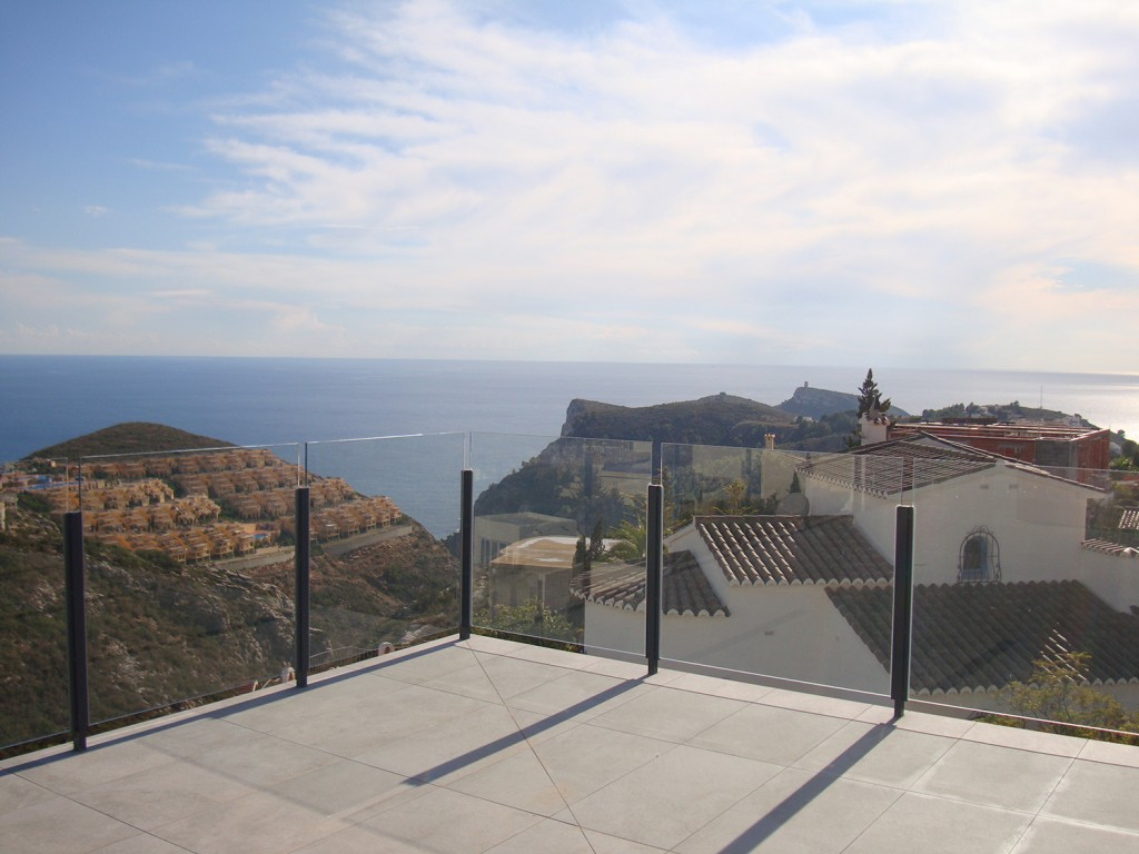 4 bedroom villa For Sale in Cumbre Del Sol - photograph 7