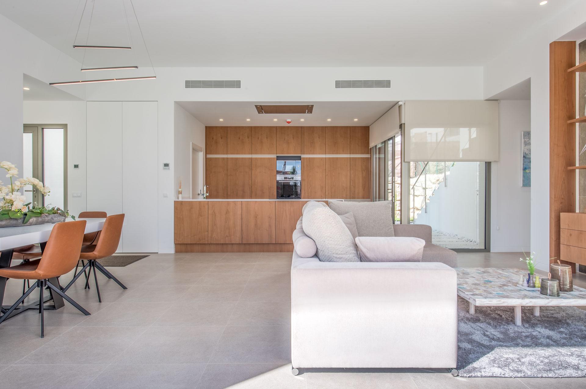 4 bedroom villa For Sale in Finestrat - photograph 2
