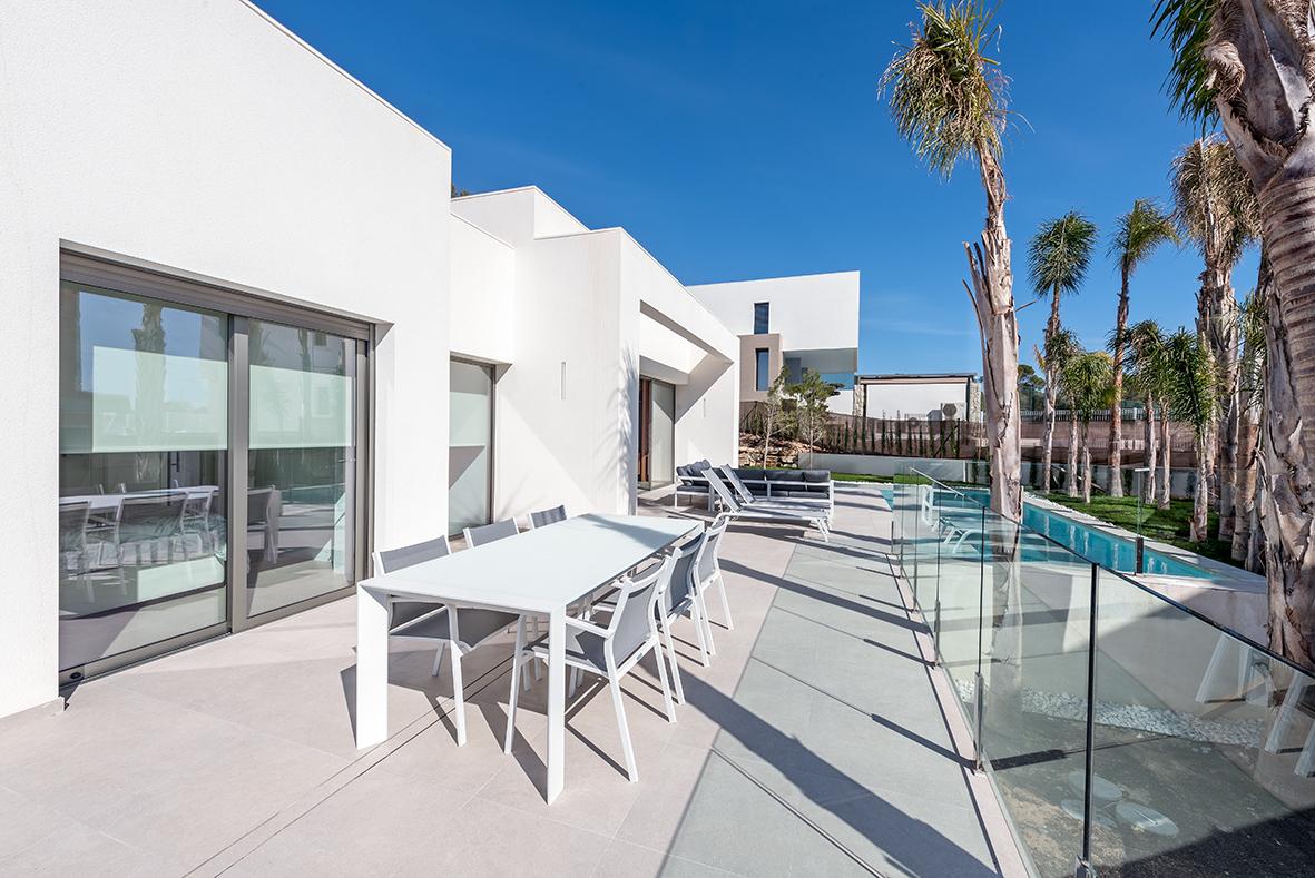 4 bedroom villa For Sale in Finestrat - photograph 9