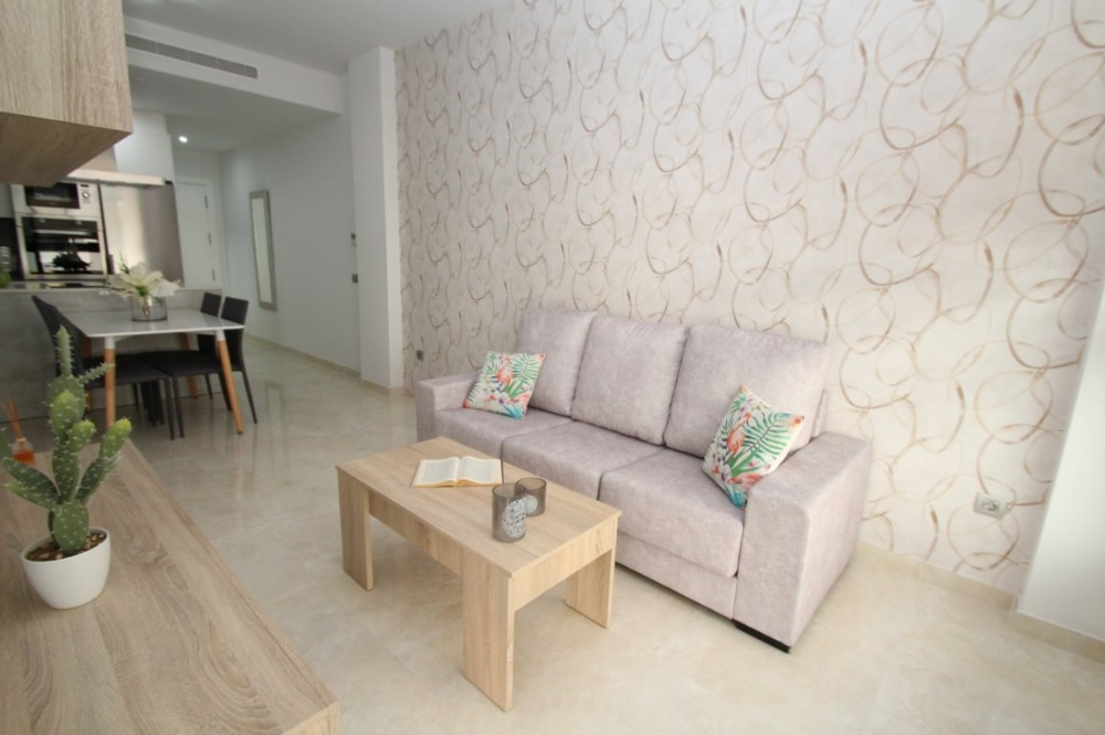 2 bedroom apartment For Sale in Torrevieja - photograph 5