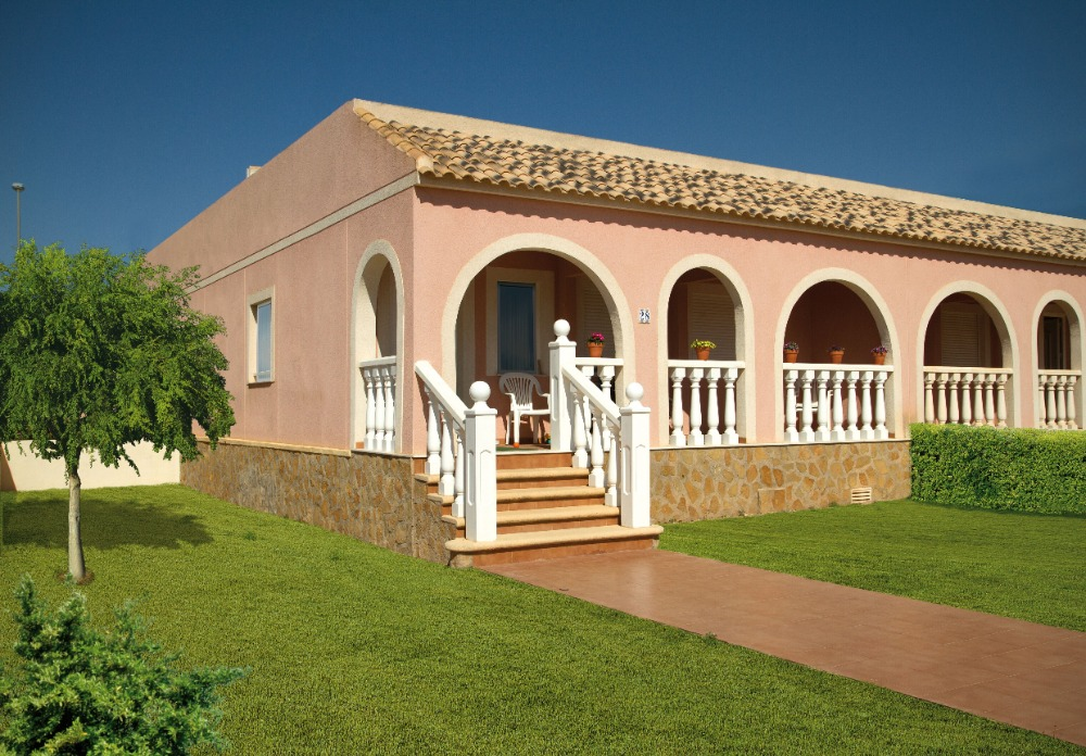 2 bedroom bungalow For Sale in Balsicas - Main Image