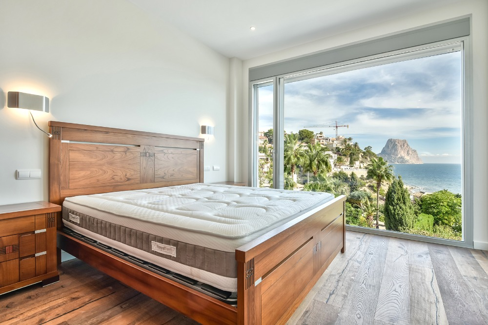 5 bedroom villa For Sale in Calpe - photograph 7