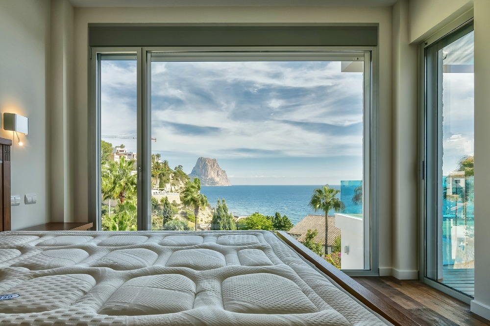 5 bedroom villa For Sale in Calpe - photograph 6
