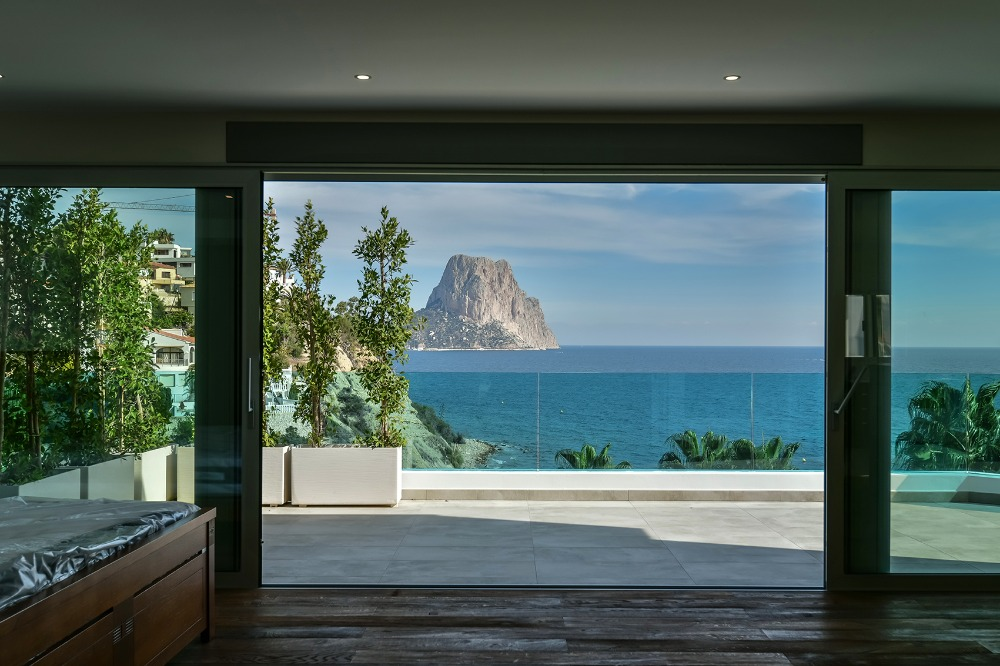 5 bedroom villa For Sale in Calpe - photograph 18