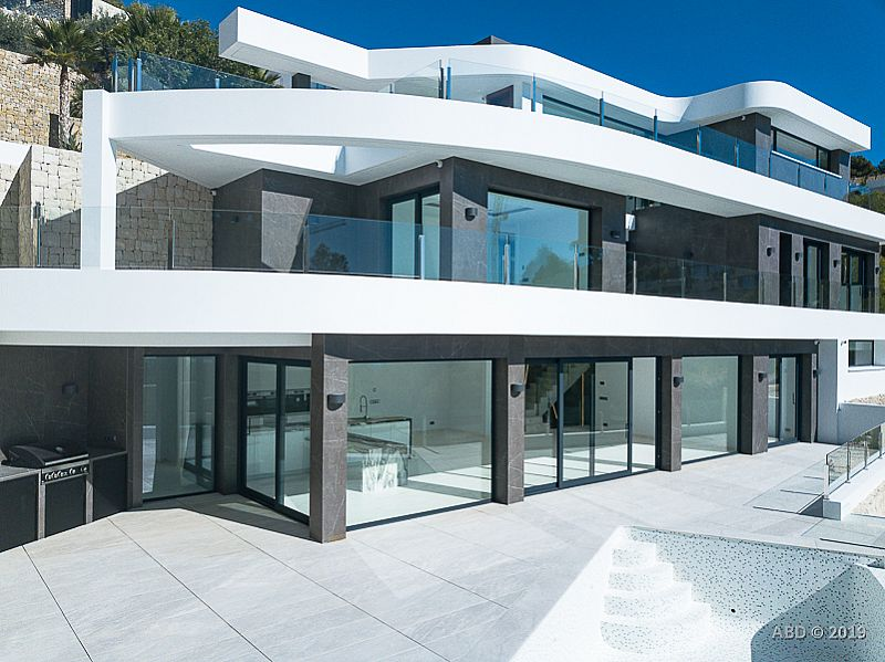 4 bedroom villa For Sale in Benissa Coast - photograph 36