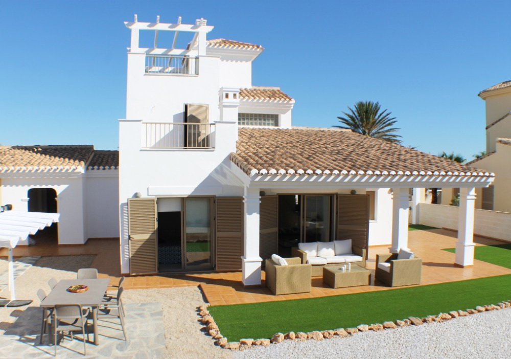 3 bedroom villa For Sale in La Manga - Main Image
