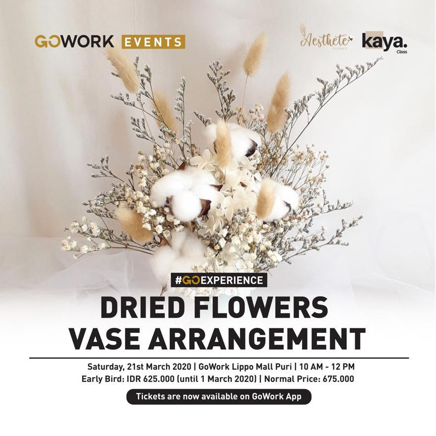 Dried Flowers Vase Arrangement