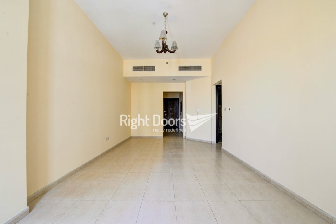 Terrific Huge 1 Bedroom Apartment In Dso Gate 3 Beutiful Home Inspiration Truamahrainfo