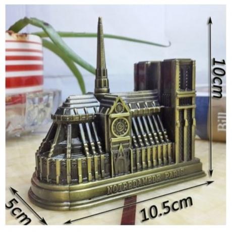 Miniature Notre Dame Cathedral Metal Statue Model Paris Building Decor Souvenir for Home Coffee Shop Ornaments Decorations