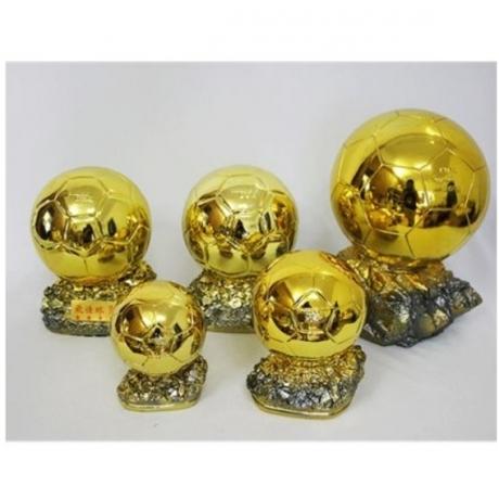 Sport Trophy 2016 Golden Ball Football Trophy Electroplate Resin Statue Craftwork Personality Football Fan Souvenir X1341
