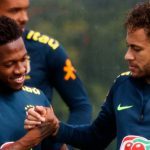 Fred joins Manchester United, was congratulated by Neymar