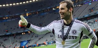 Chelsea want to re-sign Petr Cech and replace Thibaut Courtois who looks set to join Real Madrid