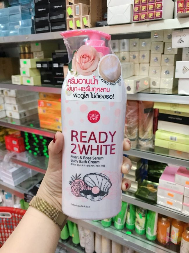 Sữa tắm Ready 2 White Pear and Rose Serum