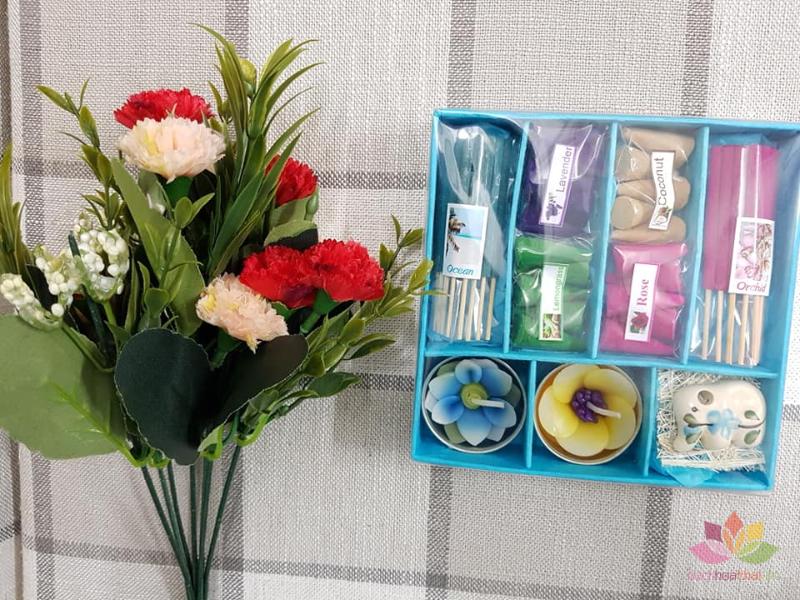 Set quà tặng hương trầm nến ảnh 9