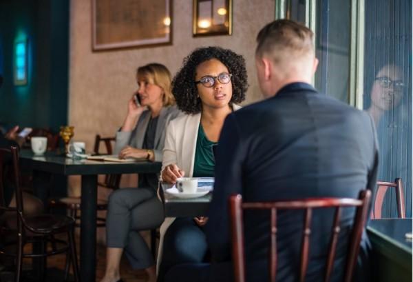 STUDILMU Career Advice - Menghadapi Bos Sulit? Diskusilah dengan Mantan Timnya
