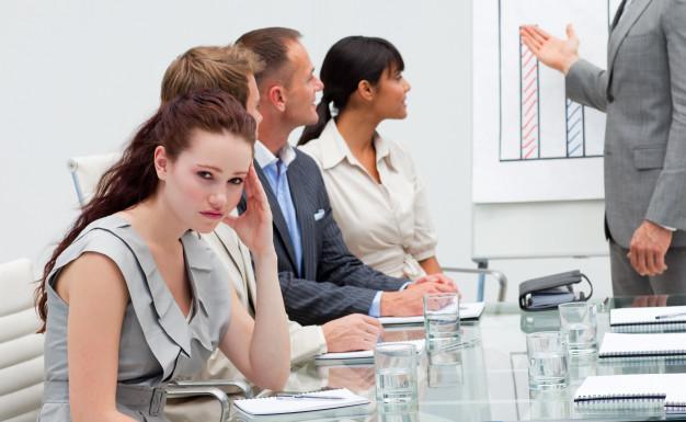 STUDILMU Career Advice - 2 Cara Mengatasi Kebosanan Dalam Pekerjaan