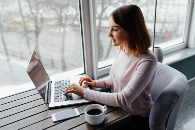 STUDILMU Career Advice - 5 Manfaat Utama Pendidikan Online