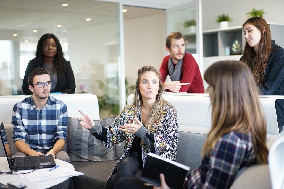 STUDILMU Career Advice - Menjadi Diri Sendiri Dapat Menyehatkan