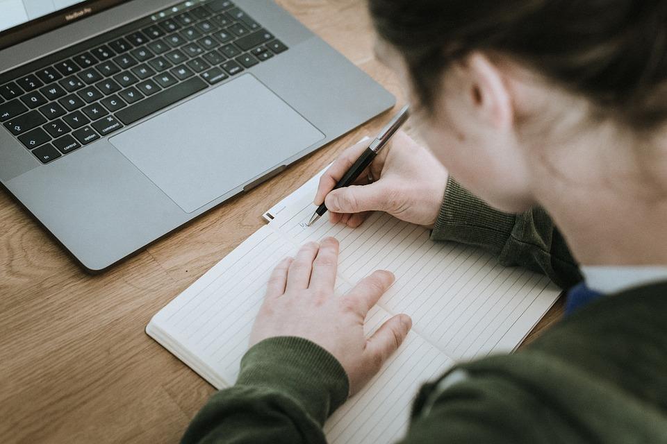 STUDILMU Career Advice - Lakukan 4 Hal Ini Agar Resolusi Tercapai