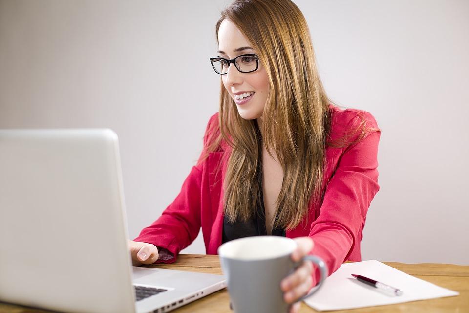 STUDILMU Career Advice - Kerja Keras atau Keberutungan?