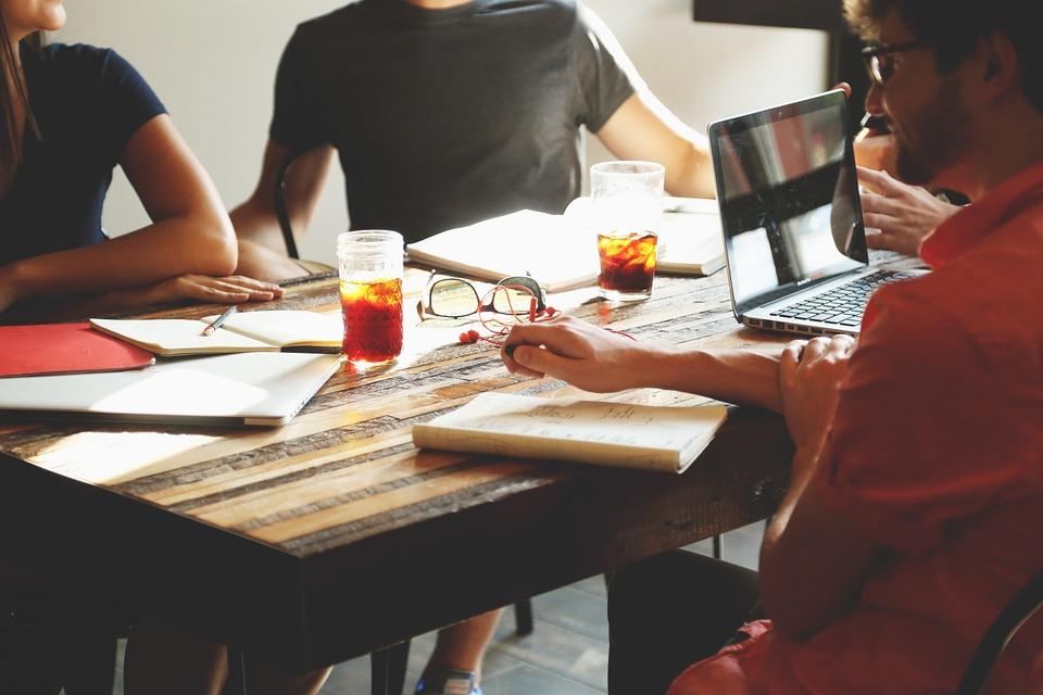 STUDILMU Career Advice - Konflik Dalam Organisasi. Perlukah?