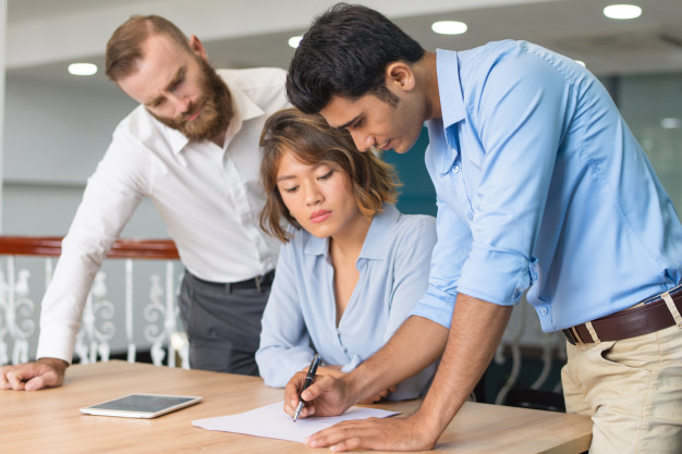 STUDILMU Career Advice - 3 Cara Mempertahankan Fokus Kerja