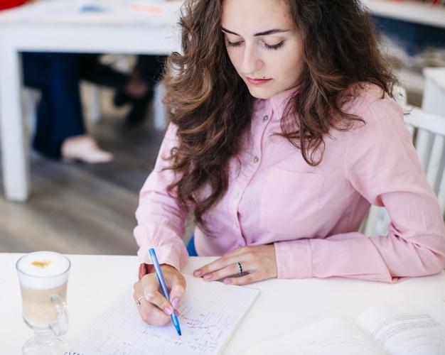 STUDILMU Career Advice - 4 Cara Menyelesaikan Tugas Kantor