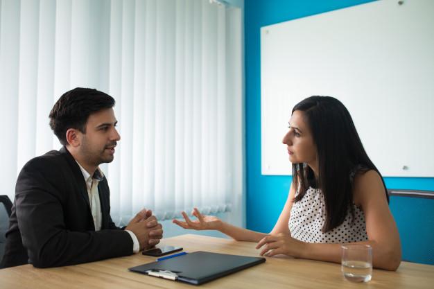 """STUDILMU Career Advice - Tips Menjawab Pertanyaan """"Ceritakan tentang Diri Anda"""