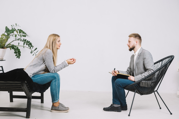 STUDILMU Career Advice - 10 Cara Menjadi Pendengar Yang Baik
