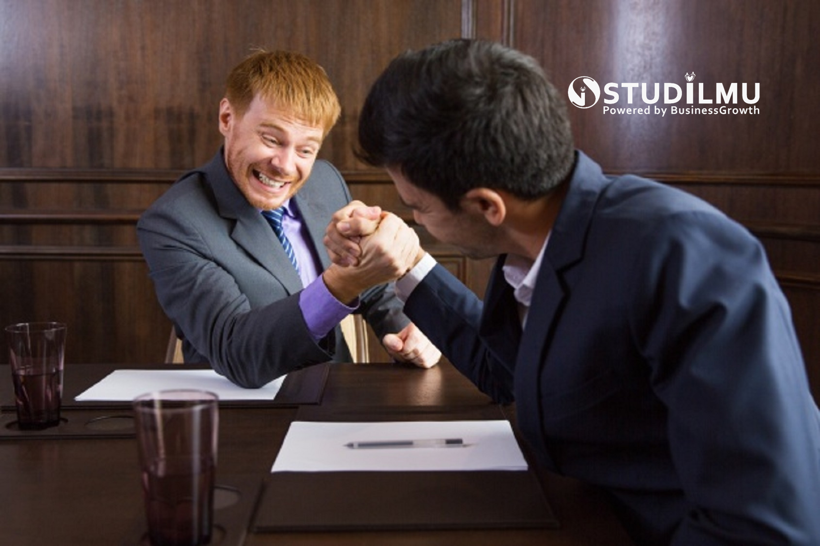 STUDILMU Career Advice - 4 Cara Menghadapi Kompetitor dengan Cara Pintar
