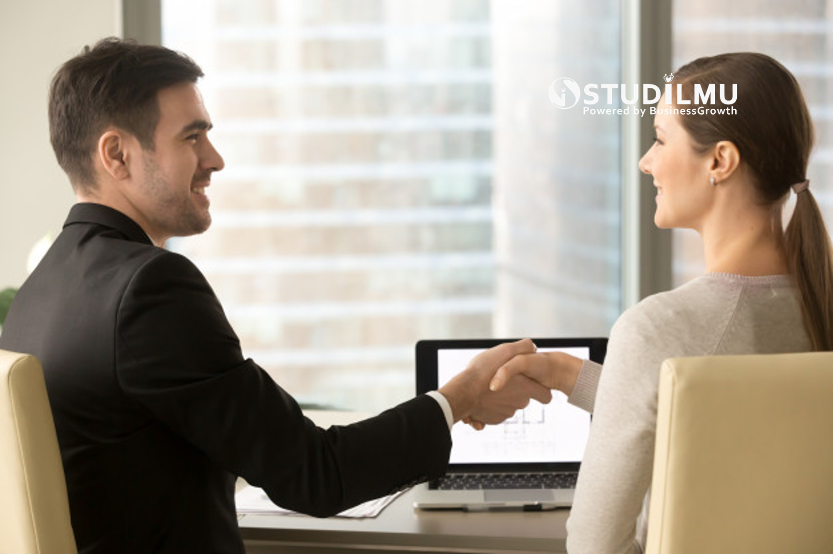 STUDILMU Career Advice - 10 Taktik Negosiasi seperti Seorang Pemimpin