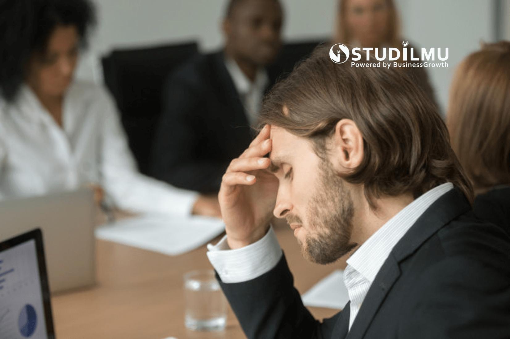 STUDILMU Career Advice - 3 Cara Mencegah Burnout dalam Tim