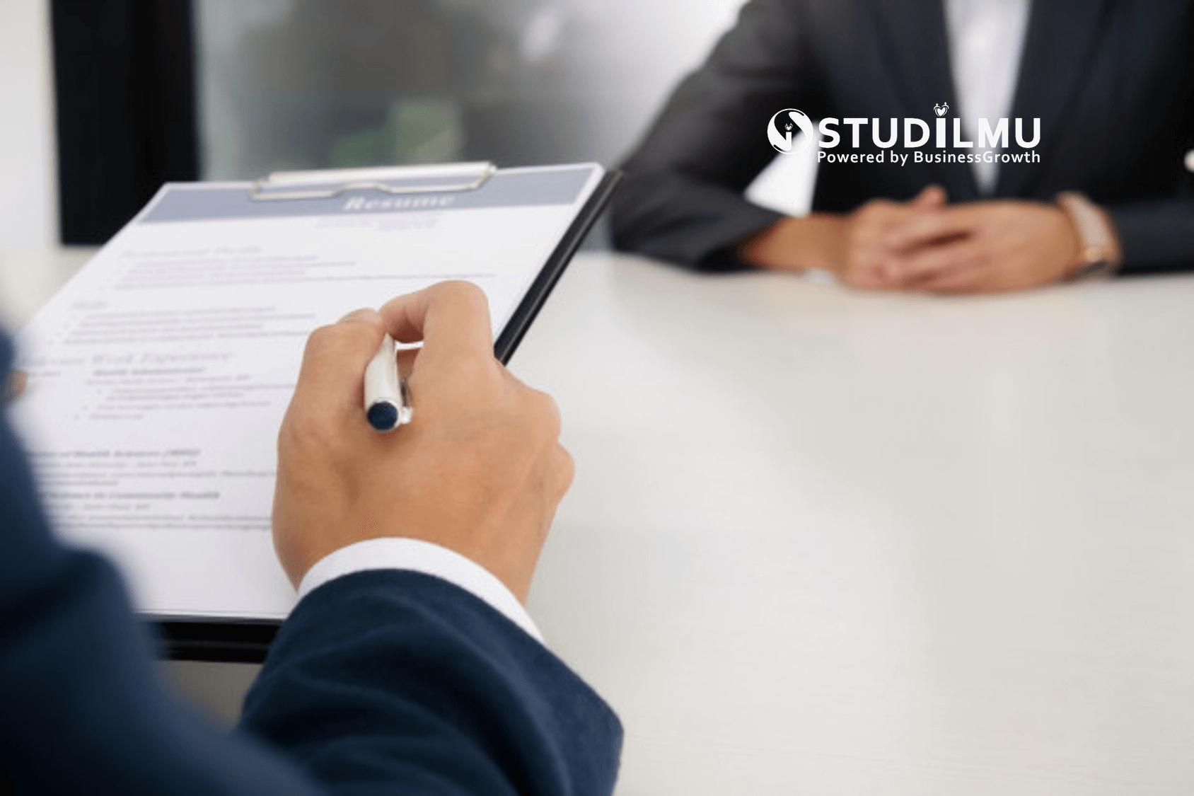 STUDILMU Career Advice - 4 Alasan Jangan Pernah Merekrut Anggota Keluarga