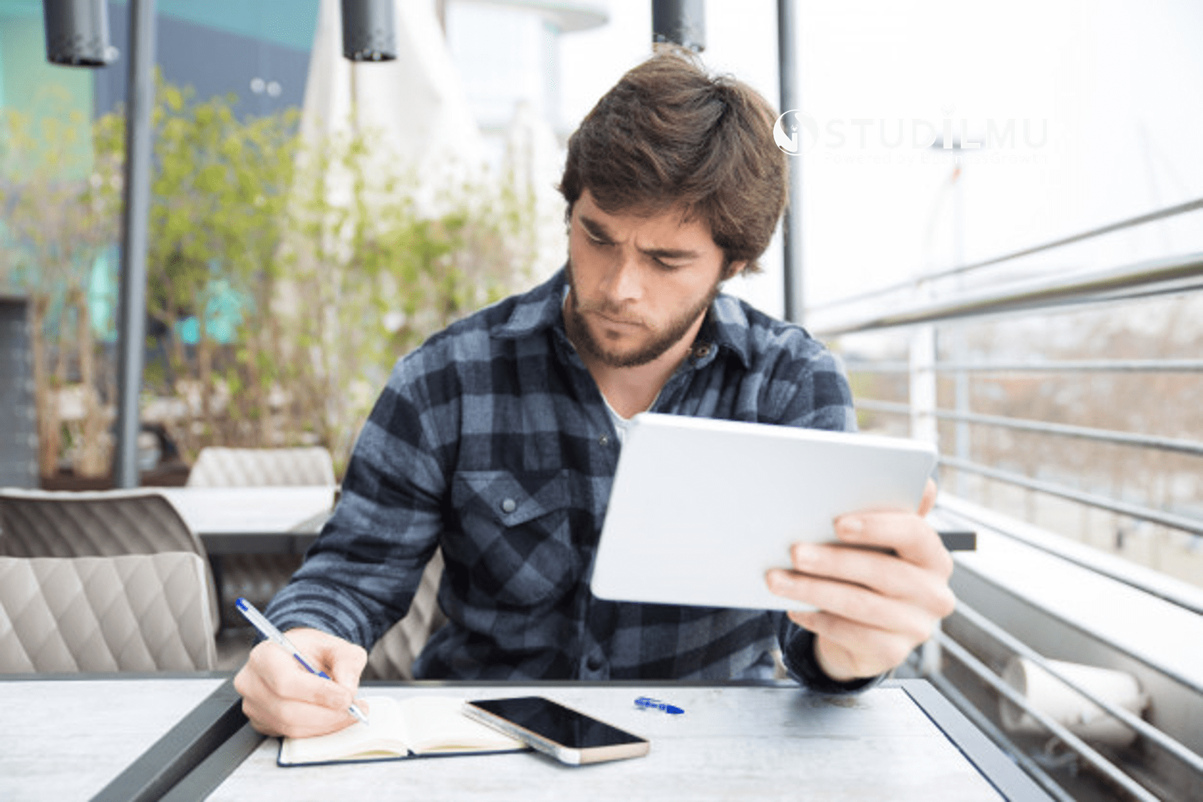 STUDILMU Career Advice - Inisiatif