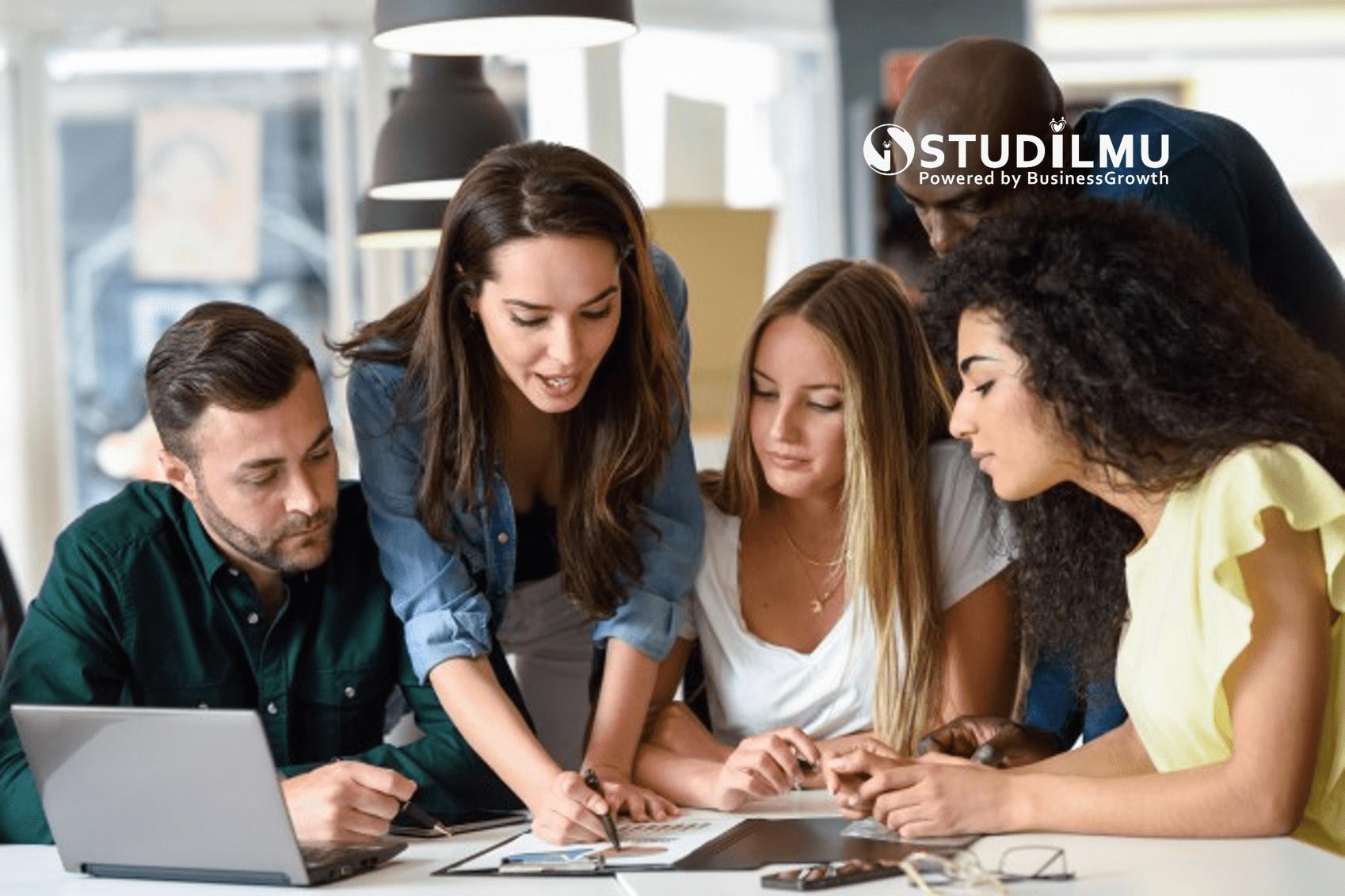 STUDILMU Career Advice - 3 Langkah Mengajarkan Orang Lain Cara Kerja yang Baik dengan Bisnis Kita