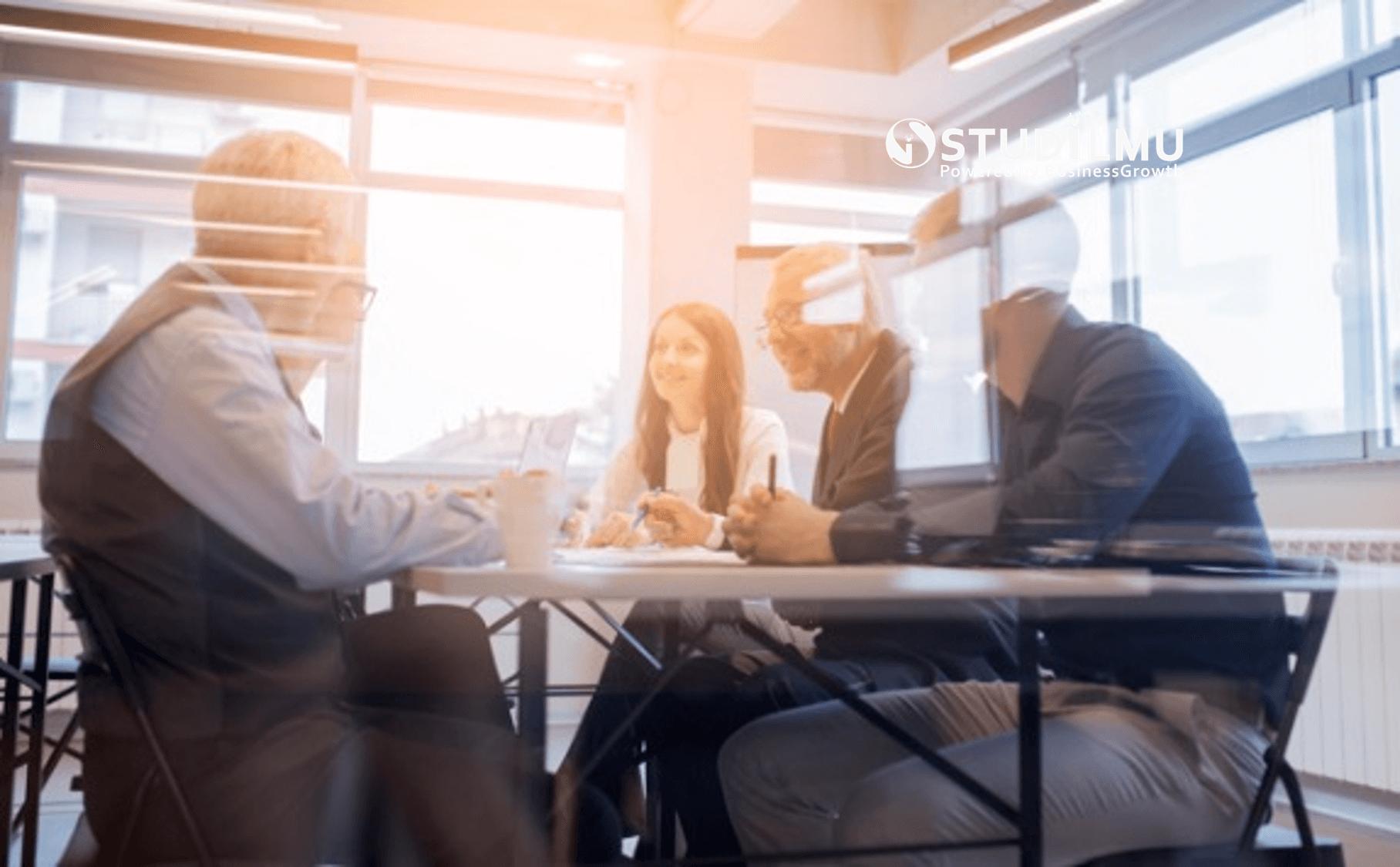 STUDILMU Career Advice - Rapat Kerja dengan Komunikasi yang Efektif