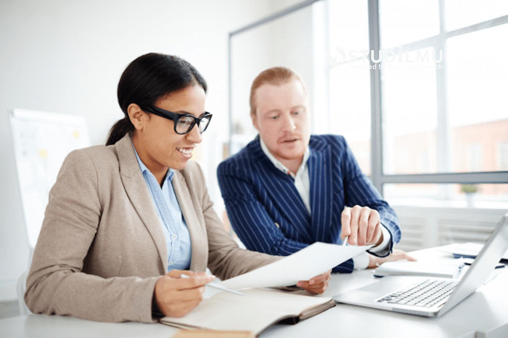 STUDILMU Career Advice - Mengenal Fungsi Komunikasi dan 4 Contohnya dalam Bisnis