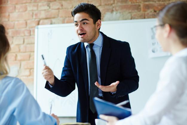 STUDILMU Career Advice - Perbedaan Training dan Coaching
