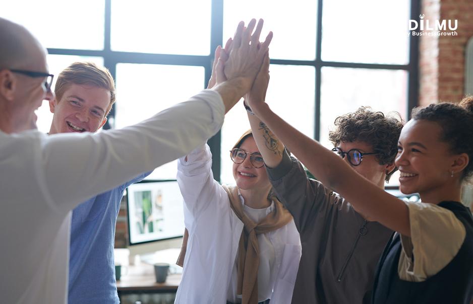 Membangun Koneksi dengan Rekan Kerja