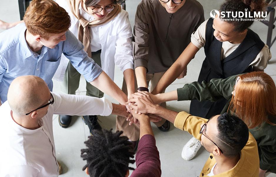 Manfaat Koneksi Sosial  Dalam Dunia Kerja