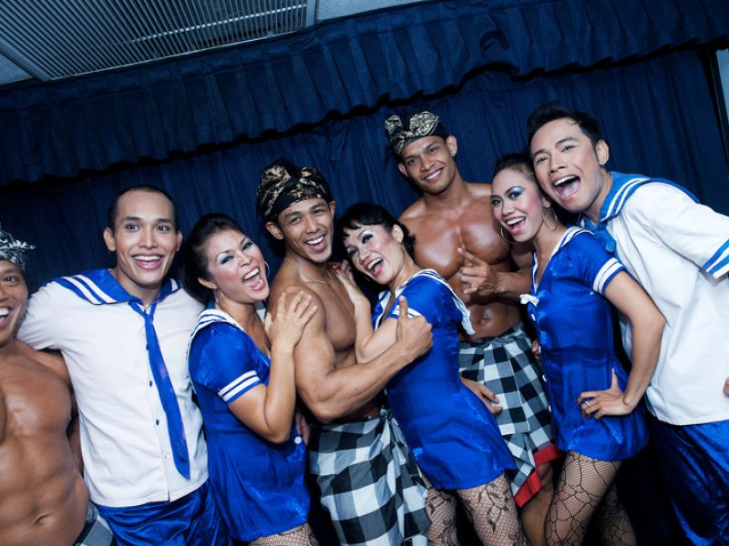 Show Staff