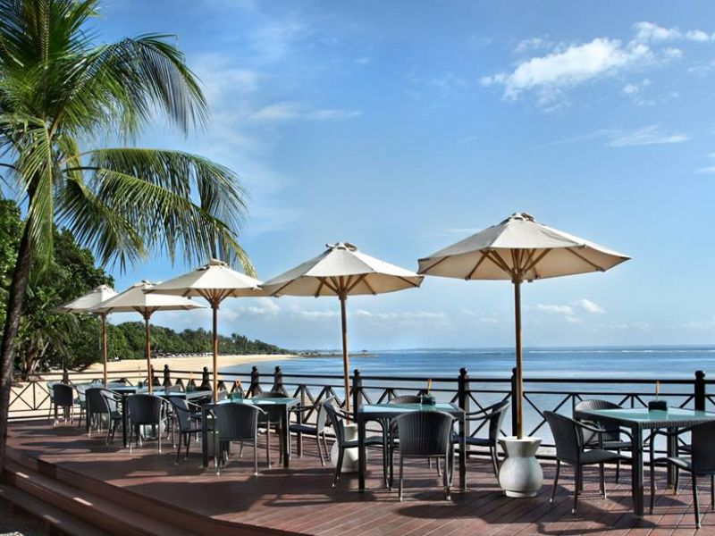 Sateria Beachside Restaurant