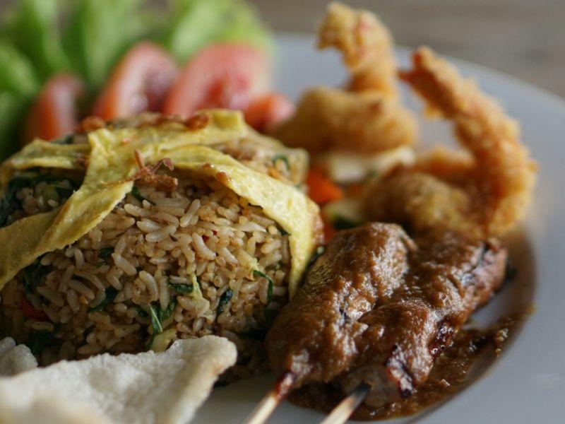 Nasi Goreng Ayam / Nasi Goreng Seafood
