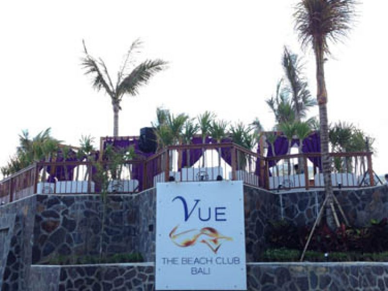 Vue Beach Club at LV8 Resort Hotel