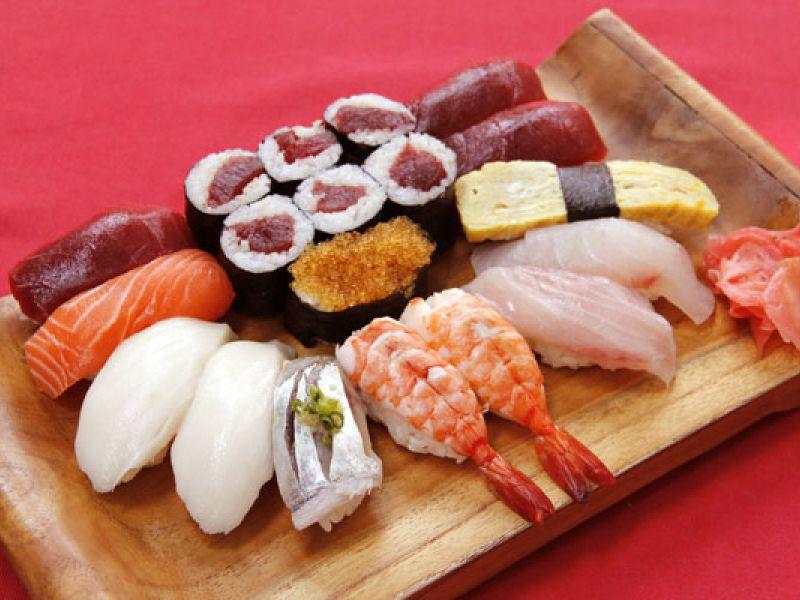 Sushi Set Kelapa (12 pcs)