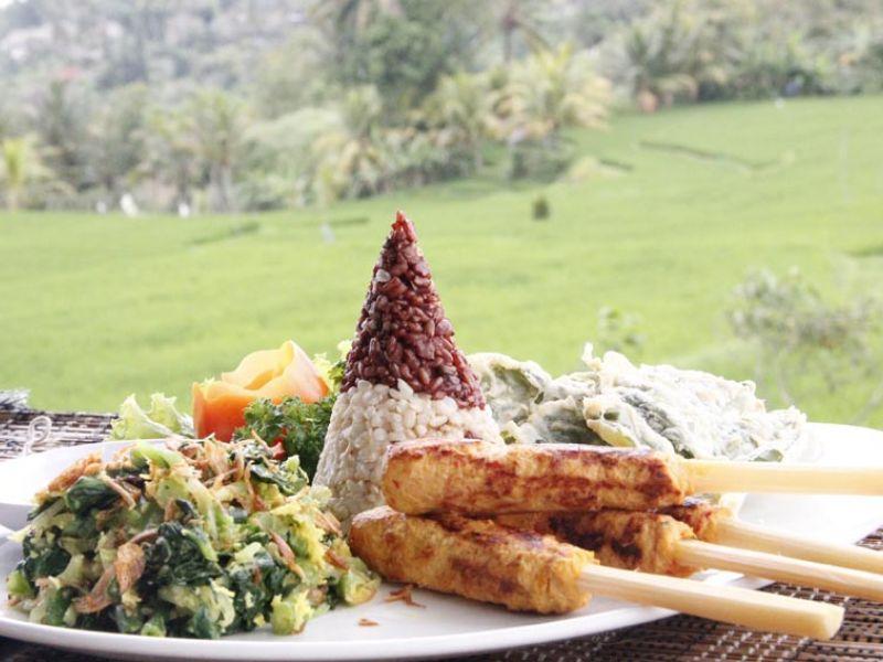 Traditional Balinese Chicken Satay