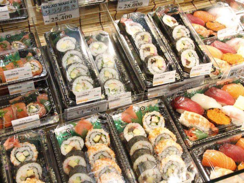 Sushi (Salad Maki)